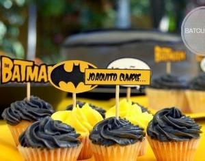 Cupcakes de cumpleaños de Batman