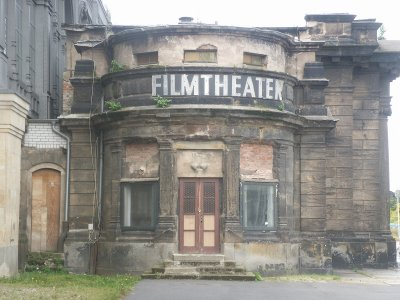 cines abandonados 4