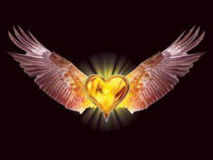 Corazón de oro y con alas