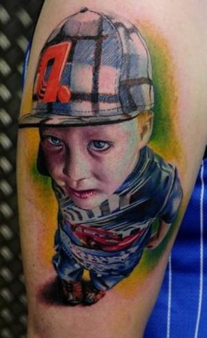 tatuaje realista niño
