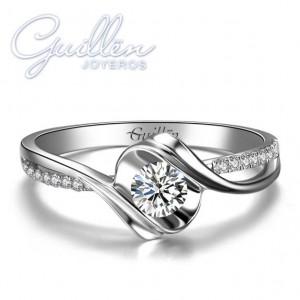 anillo de compromiso de plata