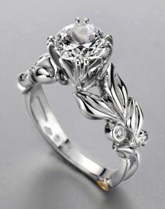 anillo de compromiso en acero