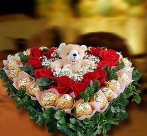 arreglo floral con cholates para novia