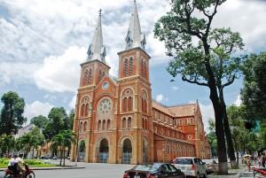 basilica de notre dame de saigon,vietnan