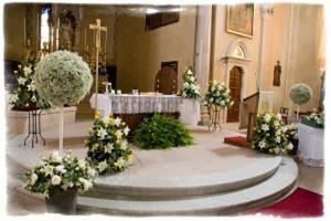 decoracion de  altar de iglesia para boda