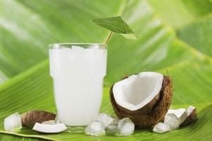 agua de coco para el ardor de orina